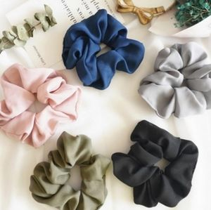 Scrunchies 2 for 5$